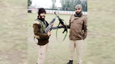 Two policemen who fled with service rifle became terrorist, killed in encounter