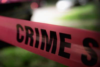 देर रात घर की छत पर सो रहे दंपती की धारदार हथियारों से हत्या