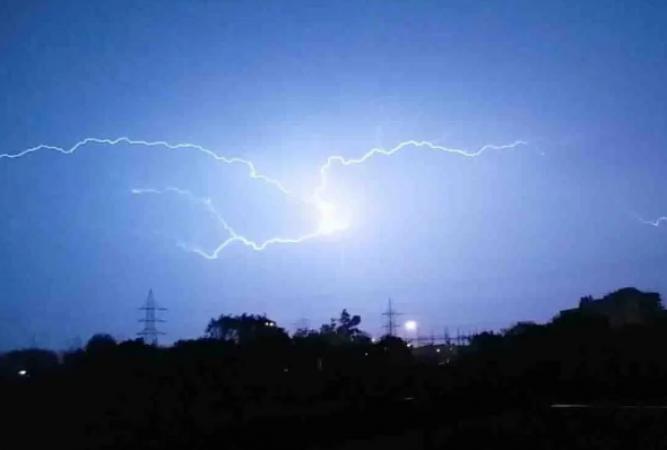 मानसून बना जान का दुश्मन, झारखंड में बिजली गिरने से हुई 5 की मौत