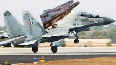 अब दुश्मन की नहीं रहेगी खैर, ब्रम्होस मिसाइल से लैस होगा सुखोई