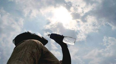 Monsoon knocks but heat continues to wreak havoc in many states in the country