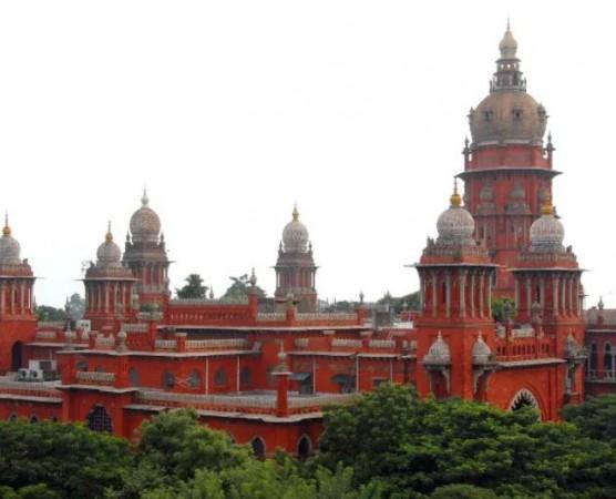 मद्रास हाईकोर्ट में याचिका- लिव इन में रह रही महिला ने मांगा पेंशन का अधिकार