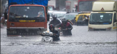 Mumbai issues alert for heavy rain, several areas are in pathetic in premature Monsoon