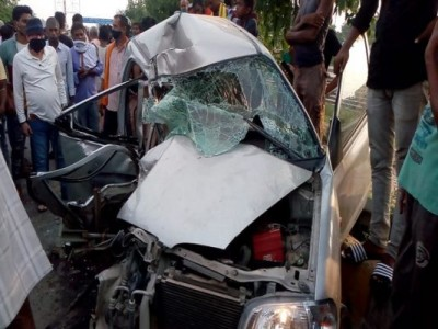 Three youths killed in tragic road accident, tanker and car collide in Patna