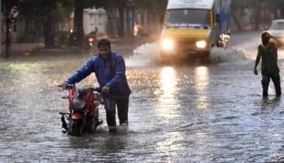 Delhi-UP to receive rain today, Uttarakhand on heavy rain alert