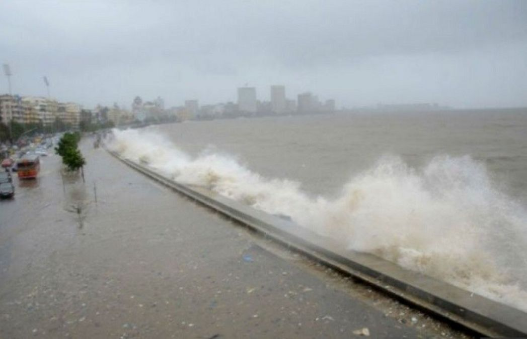 Cyclonic storm 'Vayu' changes direction, won't hit Gujarat