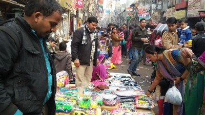 Weekly markets, salons and gyms to open in Delhi from next week