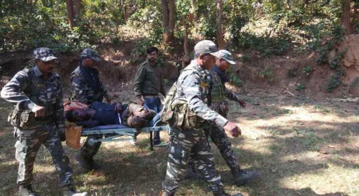 Jawans killed two naxals in an encounter in Kanker