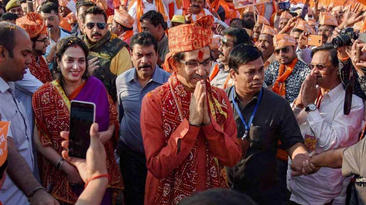 Ahead of Uddhav Thackerays visit to Ayodhya, Sanjay Rauts gave big
