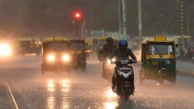 Delhiites may hit by heat wave, monsoon season to delay this year