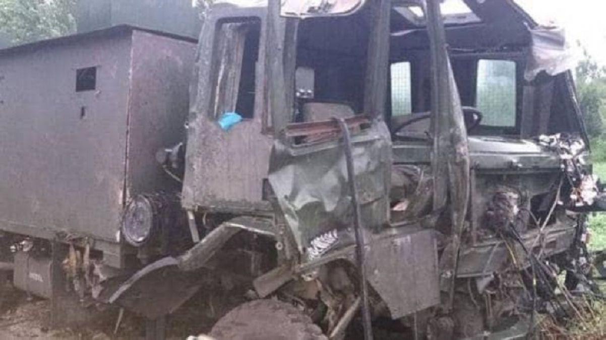 2  jawans killed in IED blast in Pulwama