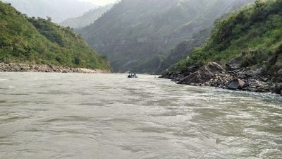 Six people of family drowned in the Sutlej river after the boat overturned
