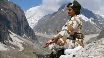 ITBP performs yoga exercises between thousands of feet of height and minus-degree temperatures