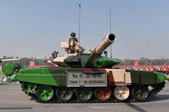 इंडियन आर्मी होगी और भी ताकतवर, सेना को जल्द मिलेंगे 1750 बख्तरबंद गाड़ियां और 350 टैंक