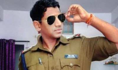 Heart-wrenching news! Sub-inspector dragged for 200 meters on speeding car bonnet, died