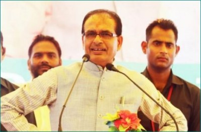 Congress MP says, 'Is there no corona in Damoh?'