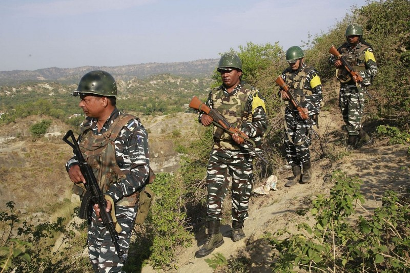 CRPF foils Naxalite attack in Bihar, seizes 64 IEDs | NewsTrack English 1