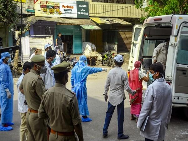 24 घंटे में 10 नए मामले सामने आने से हिला इंदौर, तेजी से फैल कोरोना संक्रमण