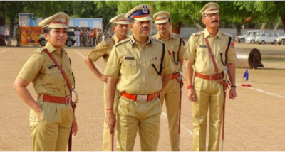 UP Police help woman suffering from labor pain during lockdown