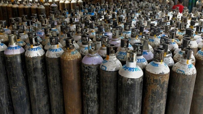 बड़ी खबर: चमन गैस में एक बार फिर खत्म हुई ऑक्सीजन, रात भर प्लांटों में लाइन