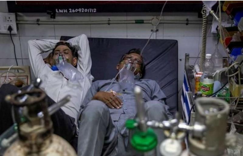कर्नाटक में ऑक्सीजन की कमी से 5 लोगों की मौत, महज डेढ़ घंटे में गई सभी की जान