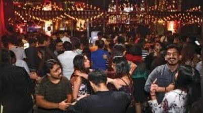 This state government allows restaurant, bars, pubs  to sell liquor amid lockdown