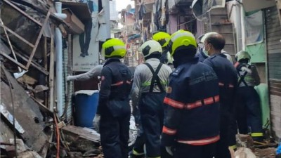 NDRF rescues 14 people in Mumbai