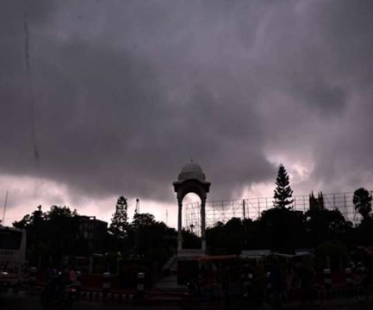 बिहार में मौसम के बदले मिज़ाज़, जानें कब तक आएगा मानसून