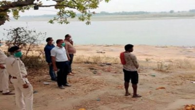 OMG! Bodies of 100 corona patients recovered from Ganga