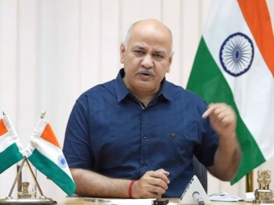 Manish Sisodia says positivity rate declines in Delhi, beds also empty in hospitals