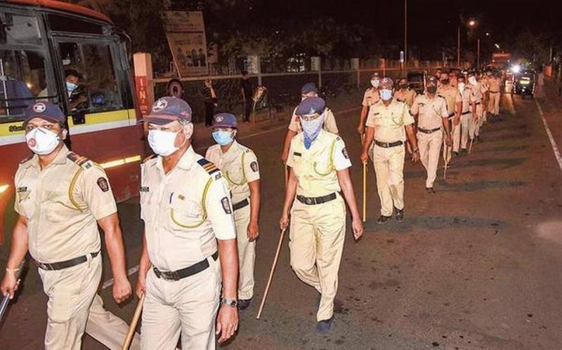 महाराष्ट्र पुलिस पर कहर बरपा रहा कोरोना, 1140 पुलिसकर्मी हो चुके हैं संक्रमित, 10 की हो चुकी है मौत