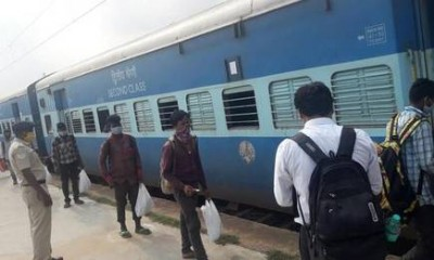 Migrant labours reached Prayagraj Junction after facing many problems