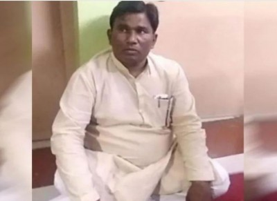 Villagers become angry on BJP said, 'If you come to ask for votes, then the log is ready...'