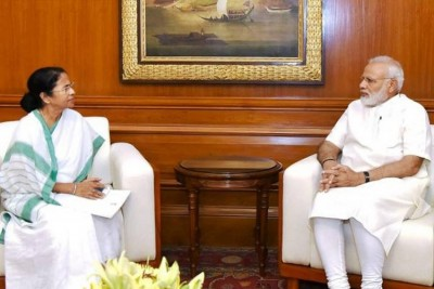 PM Modi accepts Mamata's appeal, will visit 'Amphan' affected areas of Bengal