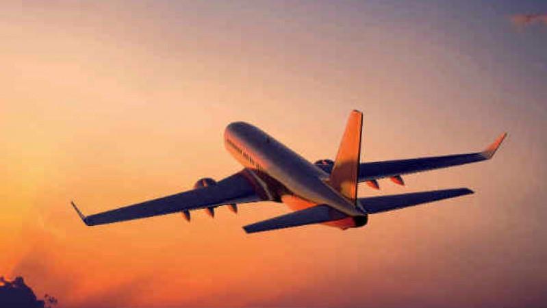 इंदौर से आज उड़ेंगी 12 फ्लाइट्स, नए इंतजामों के साथ होगा काम