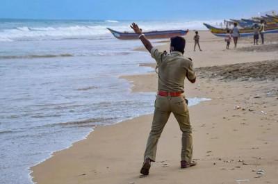 Be Alert! Cyclone Yaas to hit Bengal-Odisha tomorrow