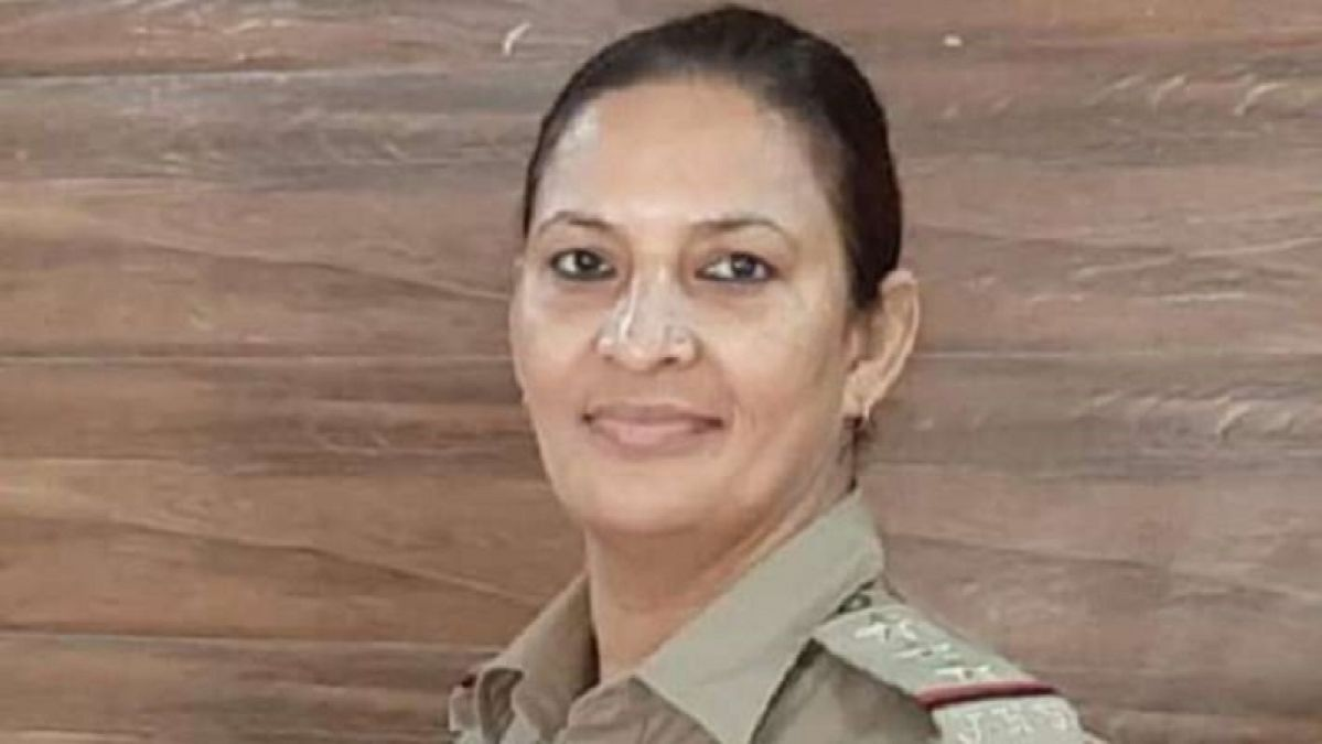 उत्तरप्रदेश: इंस्पेक्टर लक्ष्मी चौहान ने मेरठ कोर्ट में किया सरेंडर, 70 लाख के गबन का है आरोप