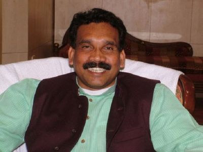 Former Jharkhand CM challenges Election Commission, petition filed in Supreme Court