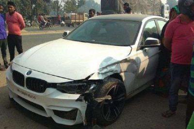 Auto collides with RJD President Lalu Prasad Yadav's son Tej Pratap's car