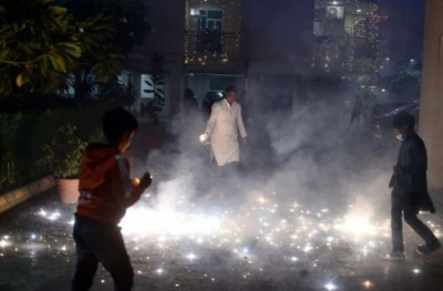 6-year-old granddaughter of BJP MP dies during burning firecrackers