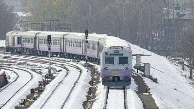 Rail service resumed in Kashmir, stopped for three months
