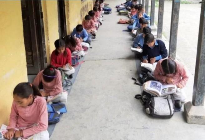 दिसंबर में हो सकती हैं पहली से आठवीं कक्षा तक की वार्षिक परीक्षाएं, कैबिनेट मीटिंग में होगा अंतिम फैसला