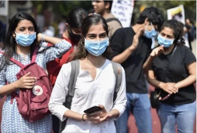 भारत में कोरोना के नए मामले आना जारी, पिछले 24 घंटों में मिले 45 हज़ार नए केस
