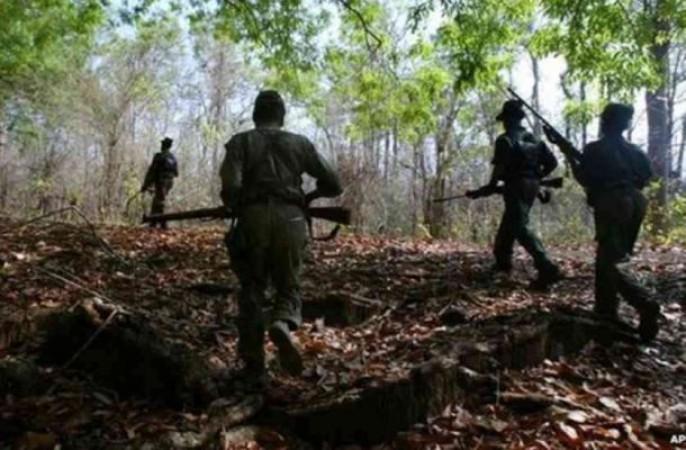 बिहार में कोबरा कमांडों ने मार गिराए तीन नक्सली, बड़ी मात्रा में हथियार बरामद