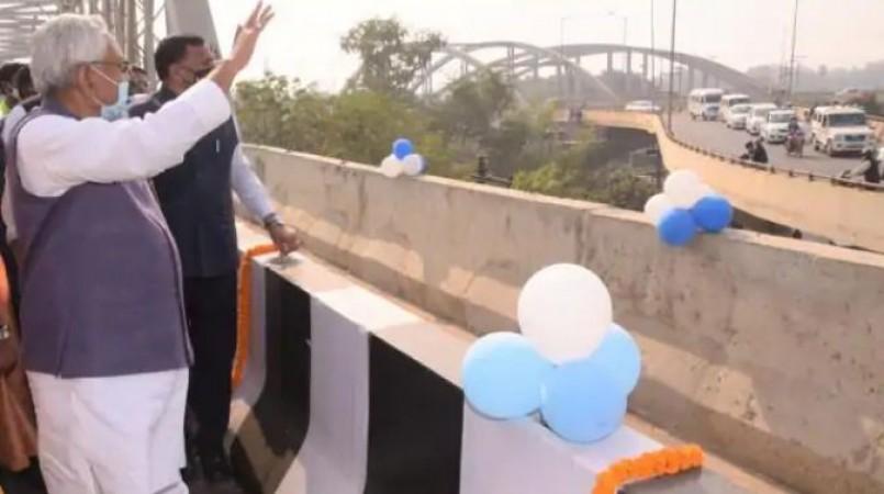 बिहार को मिला बड़ा तोहफा, सीएम नितीश ने किया सबसे लम्बे एलिवेटेड पथ का लोकार्पण