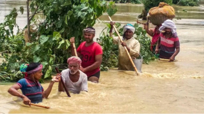 Flood wreaks havoc in Bihar, death toll mounts to 40