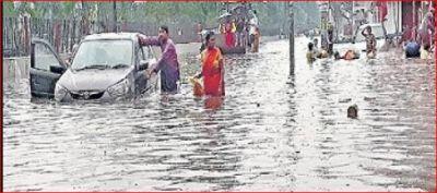 बिहार में टूटा पुनपुन नदी का बांध और फिर छाया भयंकर बारिश का खतरा