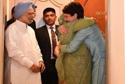 Priyanka Gandhi hugs Sheikh Hasina, says