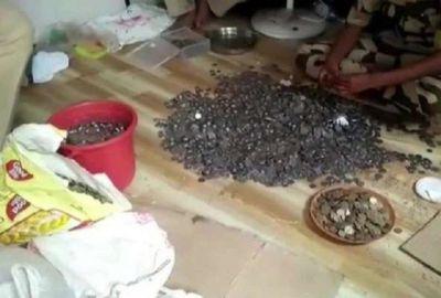 लाखों का मालिक निकला भिखारी, खज़ाना देख पुलिस के भी उड़ गए होश
