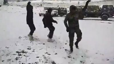 Army soldiers perform Garba in chilling Sub-Zero degree temperature, video goes viral